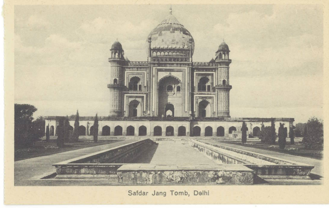 Safdarjung's Tomb Delhi - The last flicker in the lamp of Mughal architecture