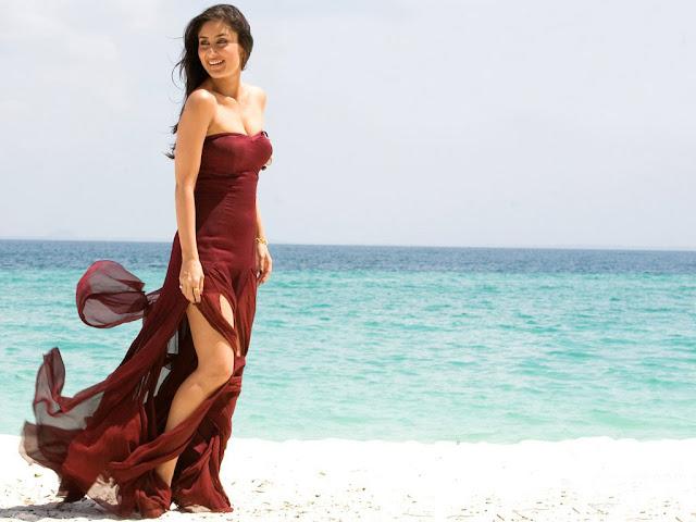 Kareena Kapoor Beach Wallpaper looks stunning in red dress at the beach