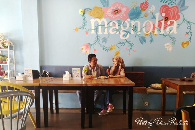 The Magnolia Floral Cafe