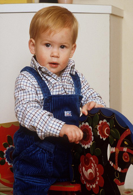 Royal Family Around The World Childhood Photos Of Prince