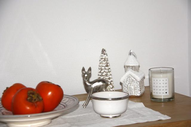 erste weihnachtliche deko zu hause. Black Bedroom Furniture Sets. Home Design Ideas