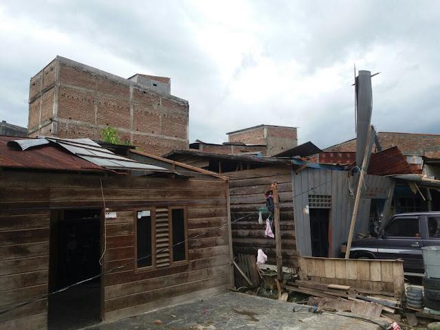 Puluhan Rumah Rusak Diterjang Angin Puting Beliung