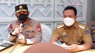 Kapolda Sulsel Bersama Gubernur Tinjau 3 Rumah Sakit di Makassar