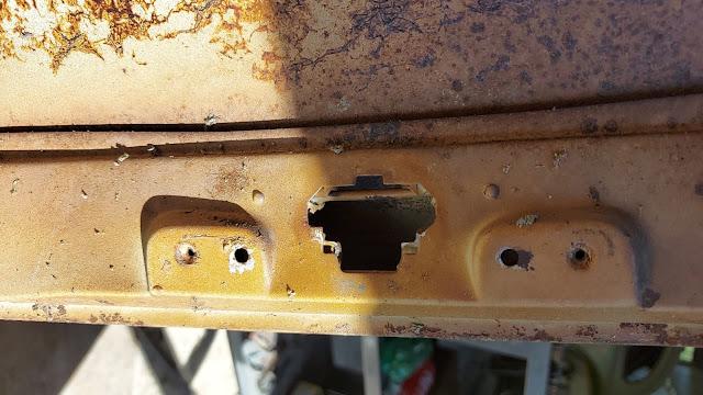 Encaixe do espelho retrovisor original do Volkswagen SP2