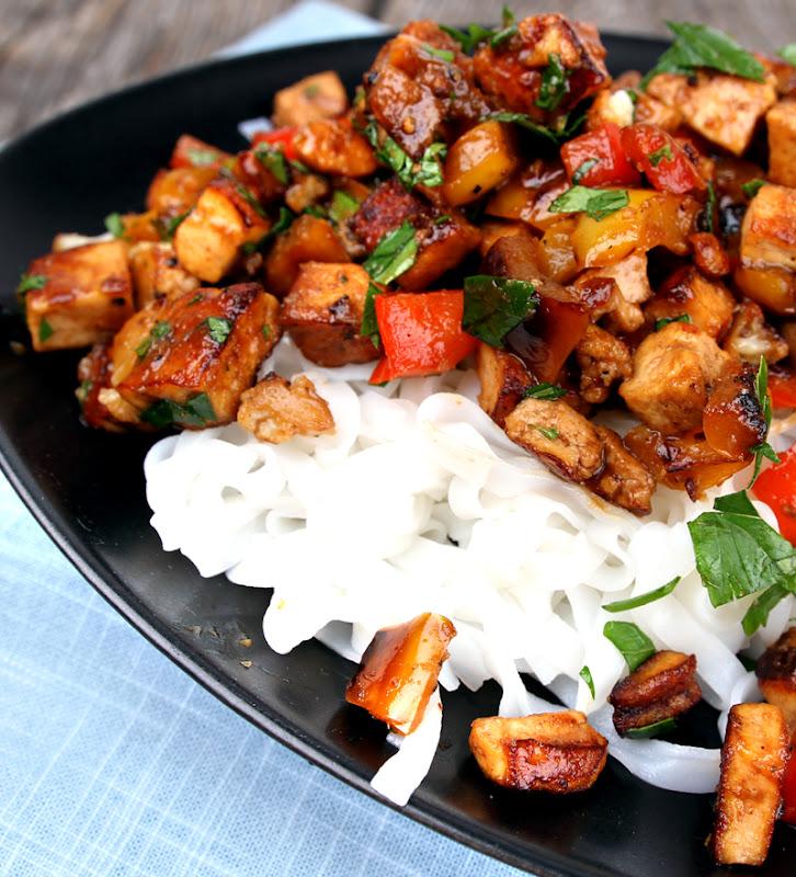 Oppskrift Stir Fry Grønnsaker Tofu Hjemmelaget Woksaus Vegetar Vegansk Wok Nudler Risnudler