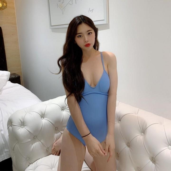 99년생 치어리더 김나연 수영복 - 짤티비