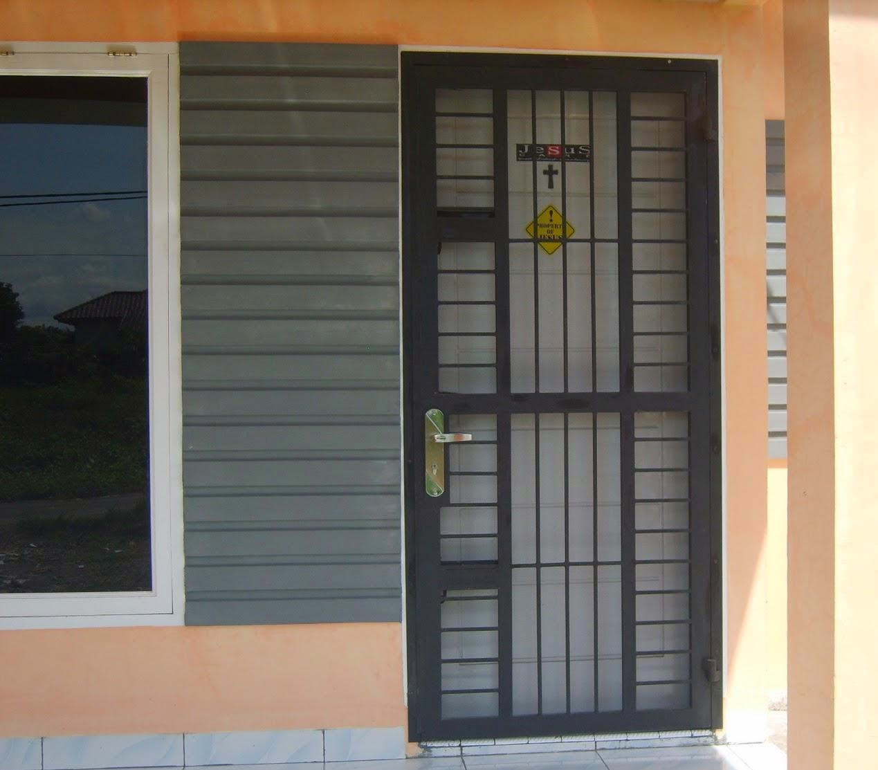 Pintu Depan Rumah Terbaru 67 Desain Rumah Minimalis Pintu Samping