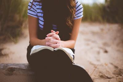 Contoh Liturgi Sabda, Doa Santo Sirilus, dan Riwayat Para Kudus Santo-Santa
