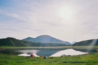 4-Spot-camping-terbaik-di-jawa-tengah-2020-telaga-sidringo
