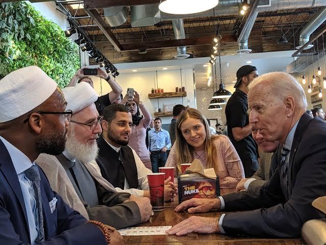 Joe Biden Janji 'Islam Akan Diperlakukan Sebagaimana Mestinya'