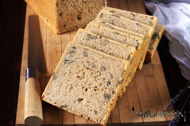 como preparar pan con semillas