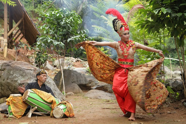 Kota Tujuan Wisata di Jawa Barat yang Luar Biasa Kota Bandung - Kota Tujuan Wisata di Jawa Barat yang Luar Biasa