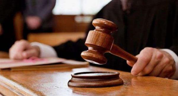 """محكمة الجنايات تصدر حكمها في حق """"مسخوطة الوالدين"""" التي قتلت والدتها بطريقة بشعة"""