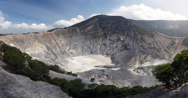 Gambar Gunung Tangkuban Perahu - Wisata Subang Terbaru