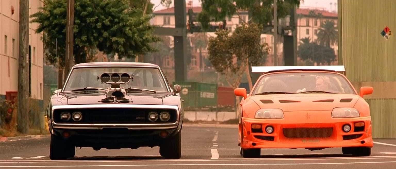 https://1.bp.blogspot.com/-X1wsBuyhqhY/U9lBIR8KUEI/AAAAAAAAaD0/XhdigRmUgmo/s1600/Fast-Furious-1-2001.jpg