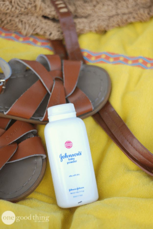 DIY Hacks for Summer - Baby Powder Tips - Tips and Tricks For A Better Summer