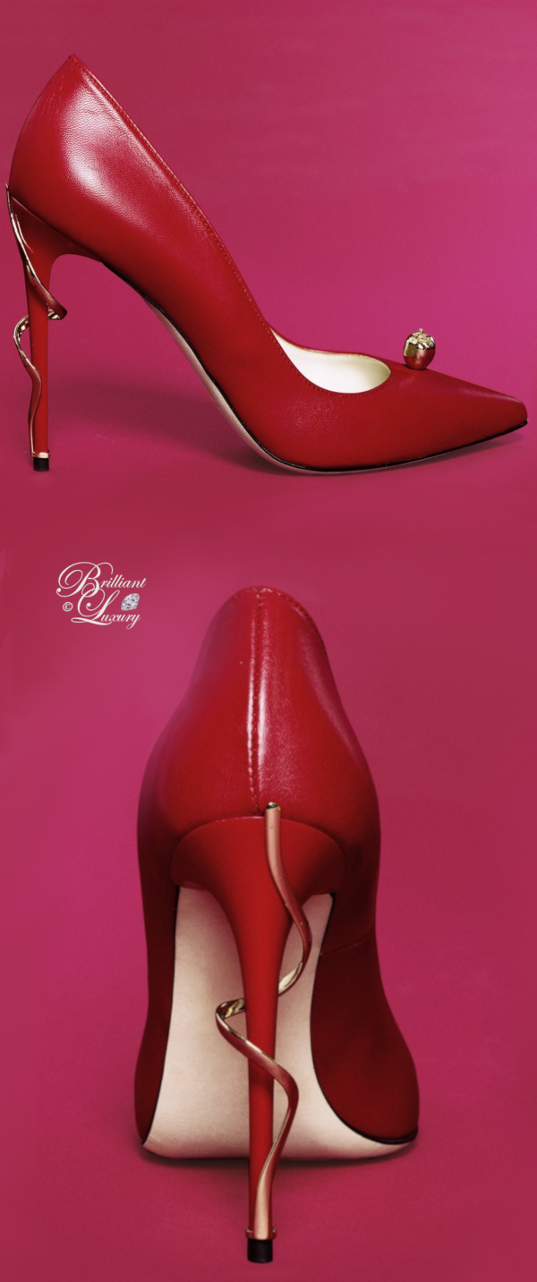 Brilliant Luxury♦Lhoradon Golden Delicious pumps in red calfskin leather and gold apple jewelry application