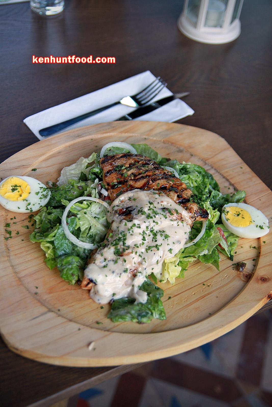 Ken hunts food rain garden bar cafe and restaurant for Food bar garden