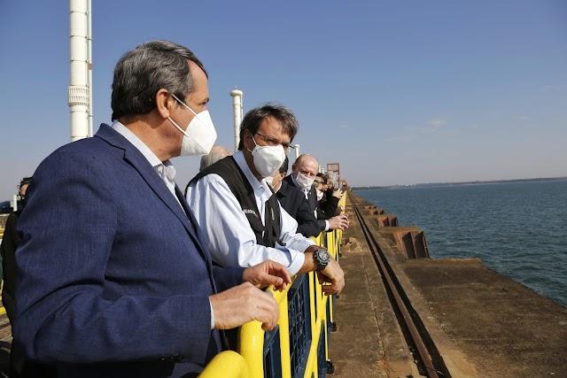Ministro do turismo está em visita a Foz do Iguaçu neste Sábado (10)