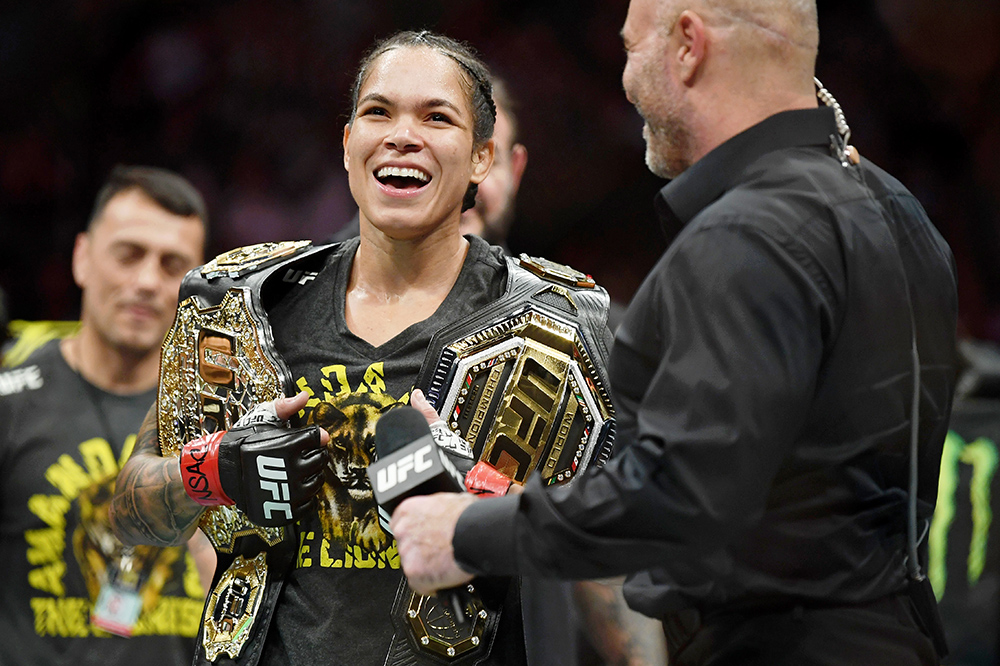 Amanda Nunes Dominates Megan Anderson With First-Round Submission at UFC 259