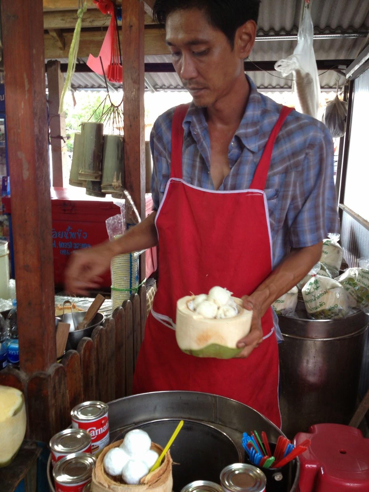 Ayutthaya - Ayothaya Floating Market - Getting some coconut ice cream
