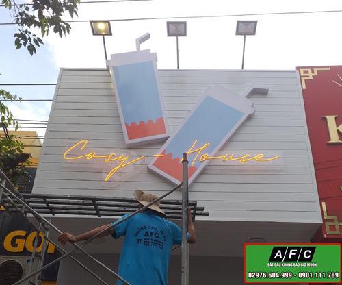 Làm bảng hiệu đèn Neon Sign Phú Quốc