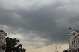 delhi-badal-light-rain