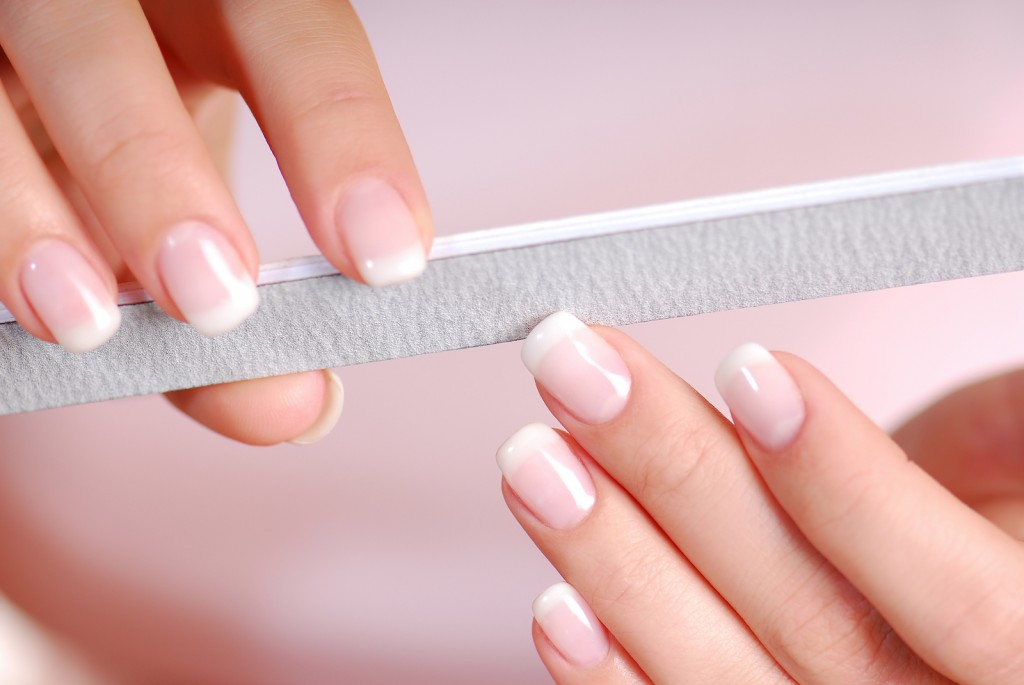5 Tips To Have Long and Strong Nails