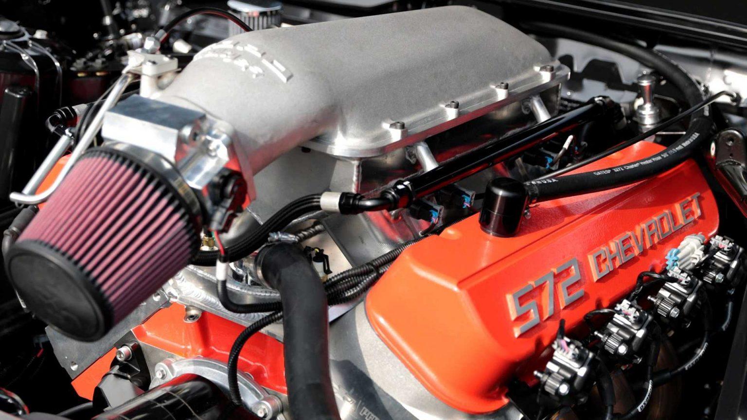 محرك سيارة كوبو كامارو COPO Camaro