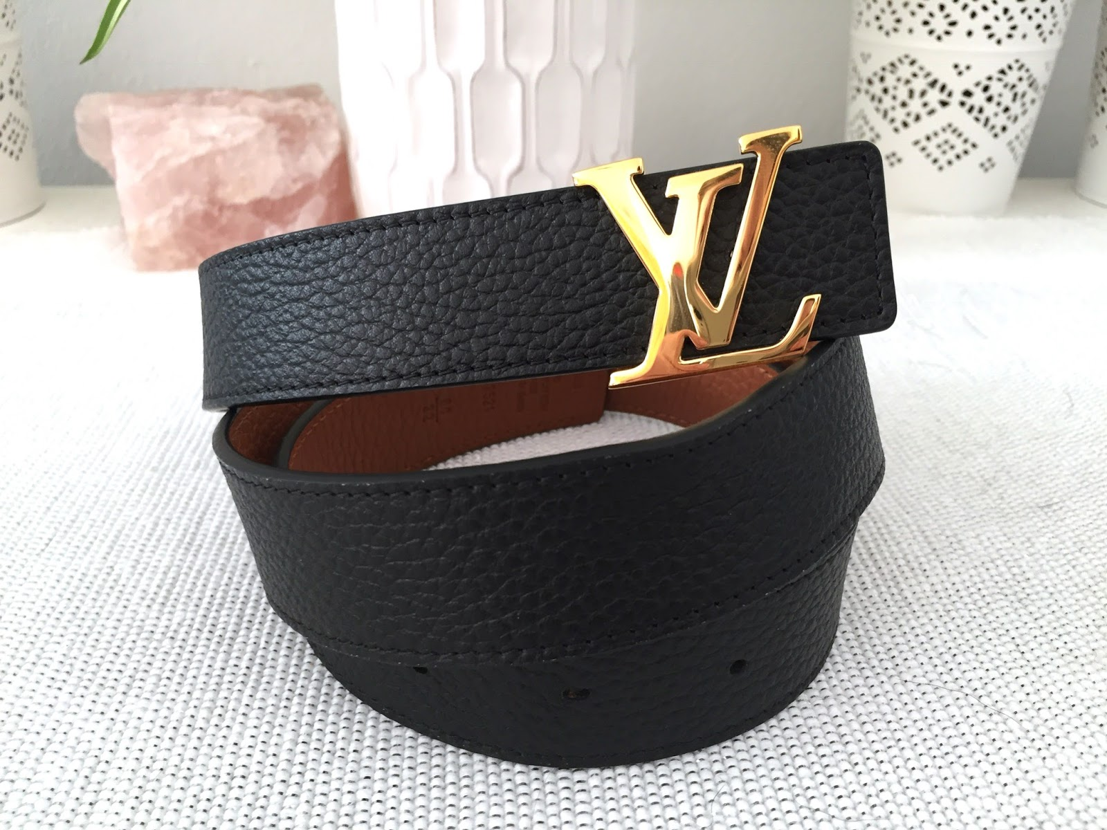 96d964e0048a Louis Vuitton Initials Madeleine Belt    UNBOXING - The Beauty Novel ...