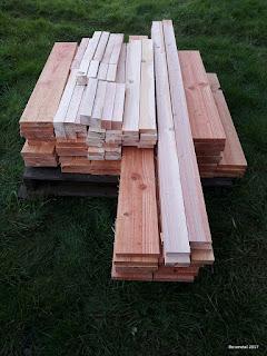 débit de planches de bois Douglas sur palette