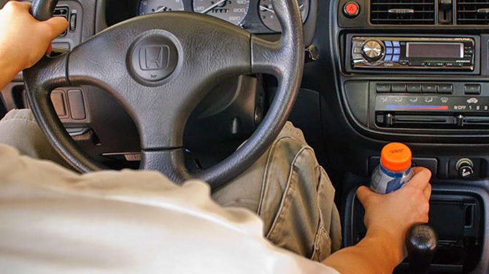 Lái xe an toàn 9 cách bạn nên cần biết để giữ an toàn trong lúc lái xe? C C3 A1c 2Bc C3 A1ch 2B C4 91 E1 BB 83 2Bgi E1 BB AF 2Ban 2Bto C3 A0n 2Btrong 2Bl C3 BAc 2Bl C3 A1i 2Bxe 2B 2