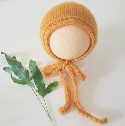 classic style bonnet knitting pattern