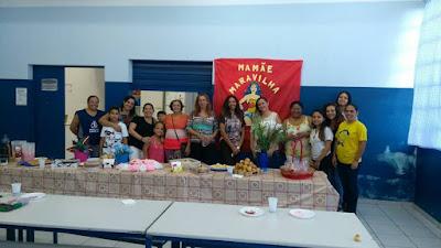 Escola da Família da Escola Yolanda realiza Festa de Dia das Mães e inicia Campanha do Agasalho