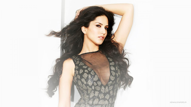 Sunny Leone beauty in black Wallpaper