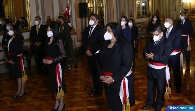 Ocho ministras del gabinete Bermúdez