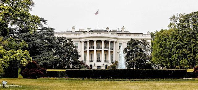 Edificio de la Casa Blanca en Washington, residencia del presidente de los Estados Unidos próxima a donde una muchedumbre asalto el Capitolio. UNSPLASH/René DeAnda
