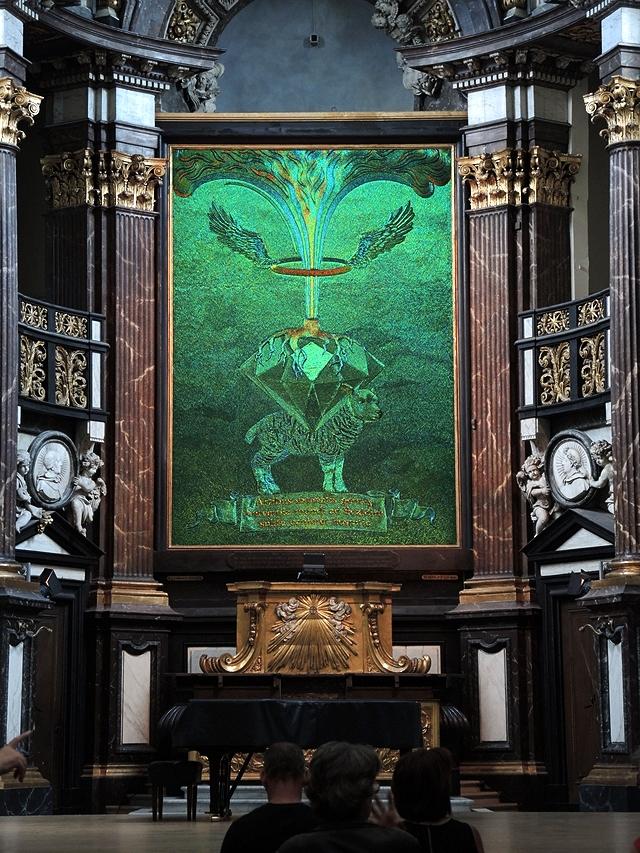 Jan Fabre in de Sint-Augustinuskerk in Antwerpen