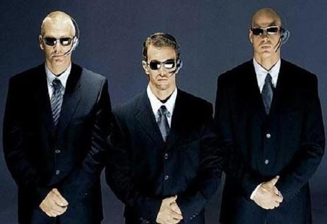 Kegunaan dari menggunakan kacamata hitam di Bodyguard