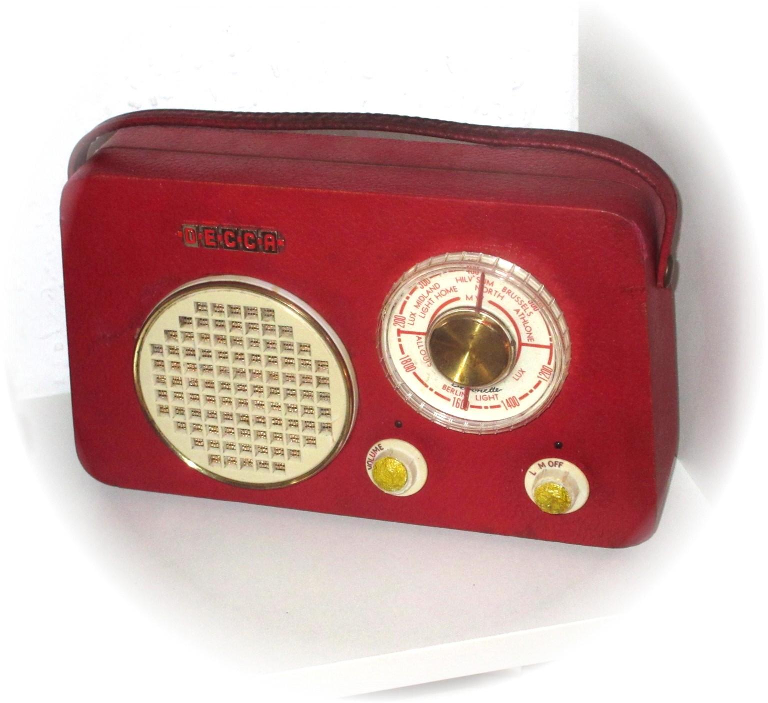 Radio Nold's Blo: Decca TP50 Debonette Radio on