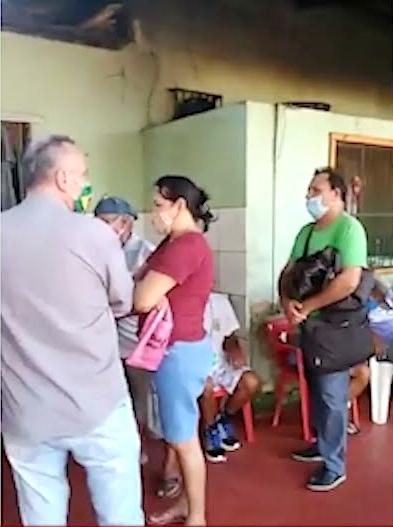 Sistema dá pane e compra de comida a R$ 2,00 gera tumulto em restaurante