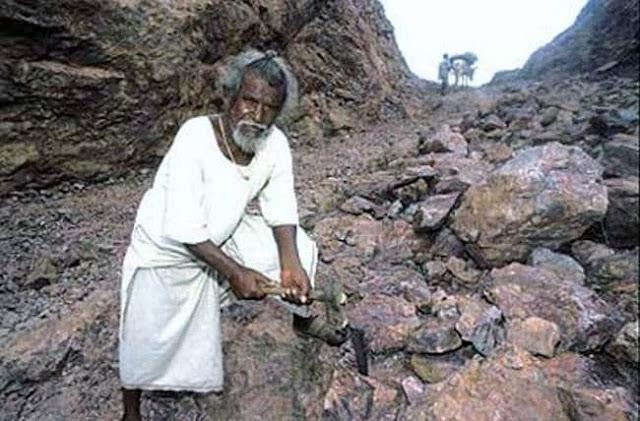 Mountain man Dashrath manjhi   FreeMotives