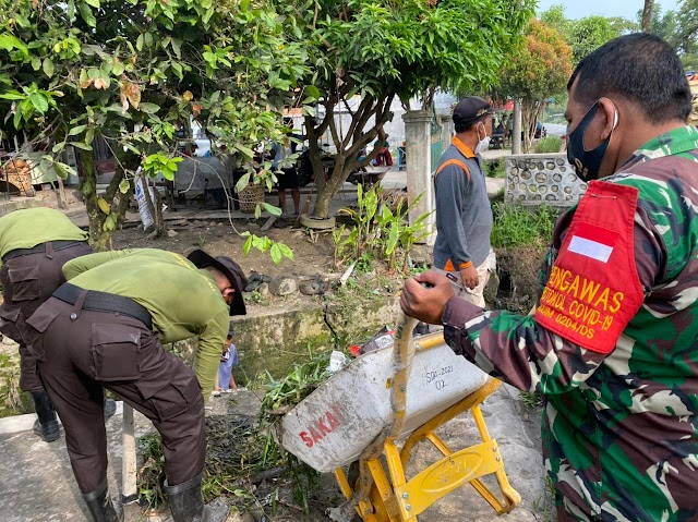 Taruna Latsitardanus XLI Gotong Royong Bersama Bhabinkamtibmas Polsek Rambutan