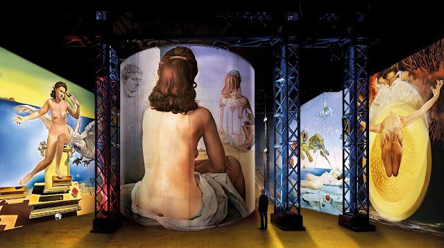 Simulation de l'exposition Dali à l'atelier des lumières