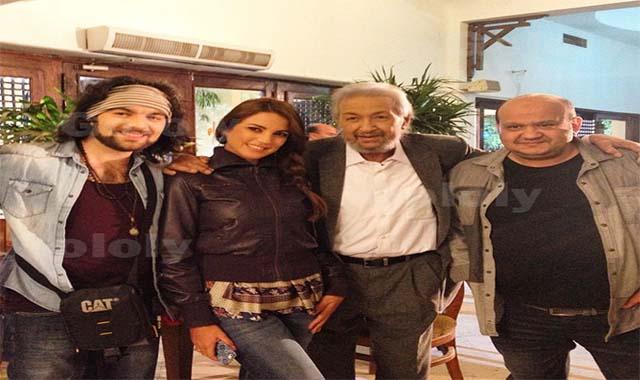الفنان نور الشريف ورحلتة مع الفن وحقيقة زواجة من درة