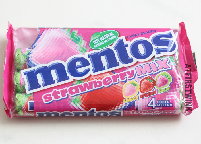 review: mentos strawberry mix