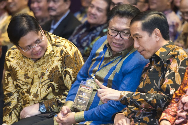Oso Puji Jokowi Setinggi Langit: Kurang Apa Presiden Kita?