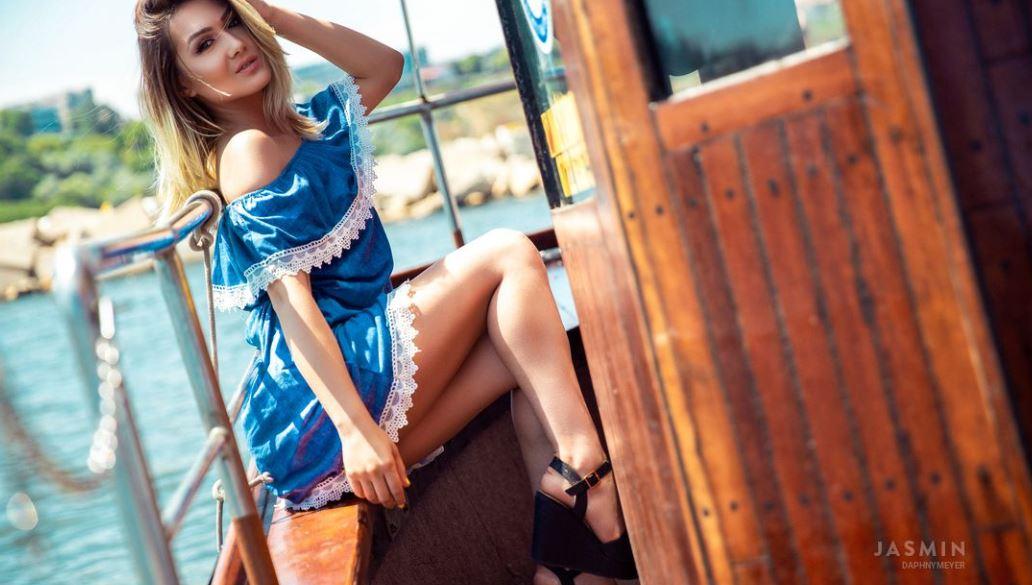 DaphnyMeyer Model GlamourCams