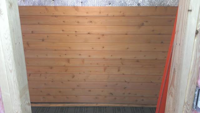 Wall cedar going up side wall.
