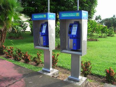 Telefonos publicos costarricenses, Costa Rica, vuelta al mundo, round the world, La vuelta al mundo de Asun y Ricardo, mundoporlibre.com